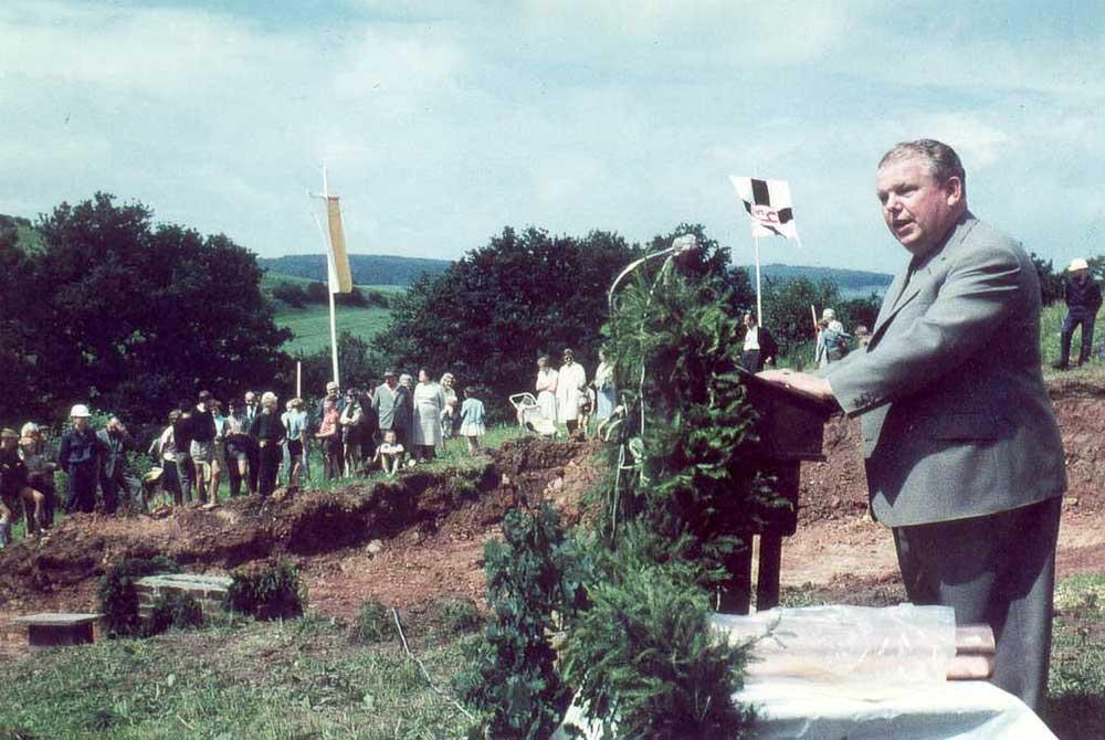 Grundsteinlegung mit Hans-Arthur Kampmann am 20.07.1962